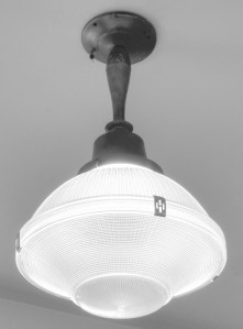 BHS_Blog_Tour_BWLightFixture